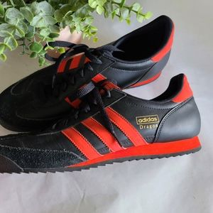 Mens Adidas Dragon Samba sneakers tennis shoes